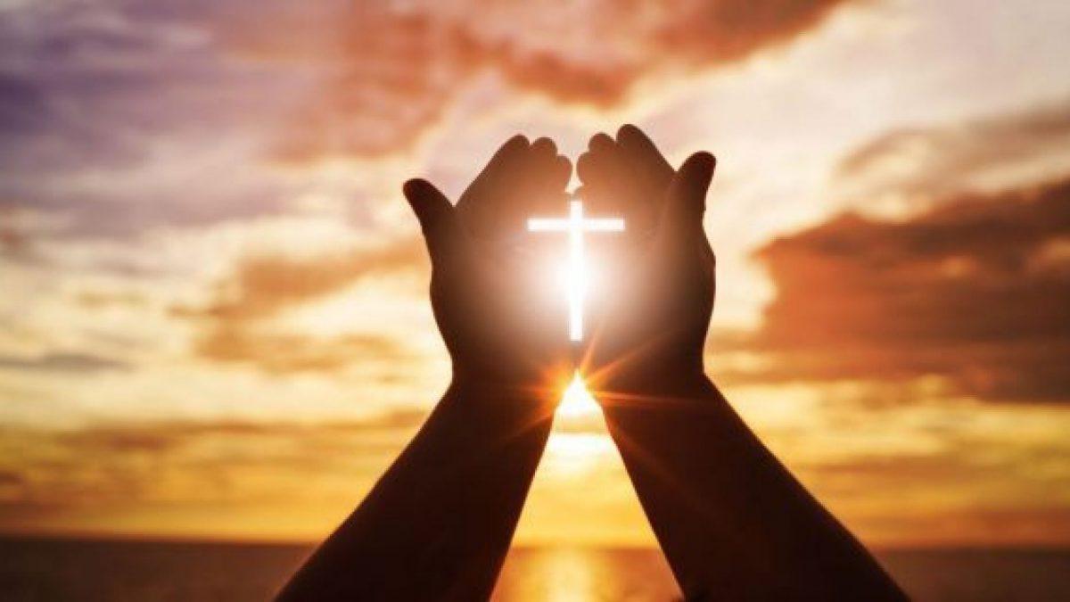 Cuando oramos a Dios, Él responde con poder.