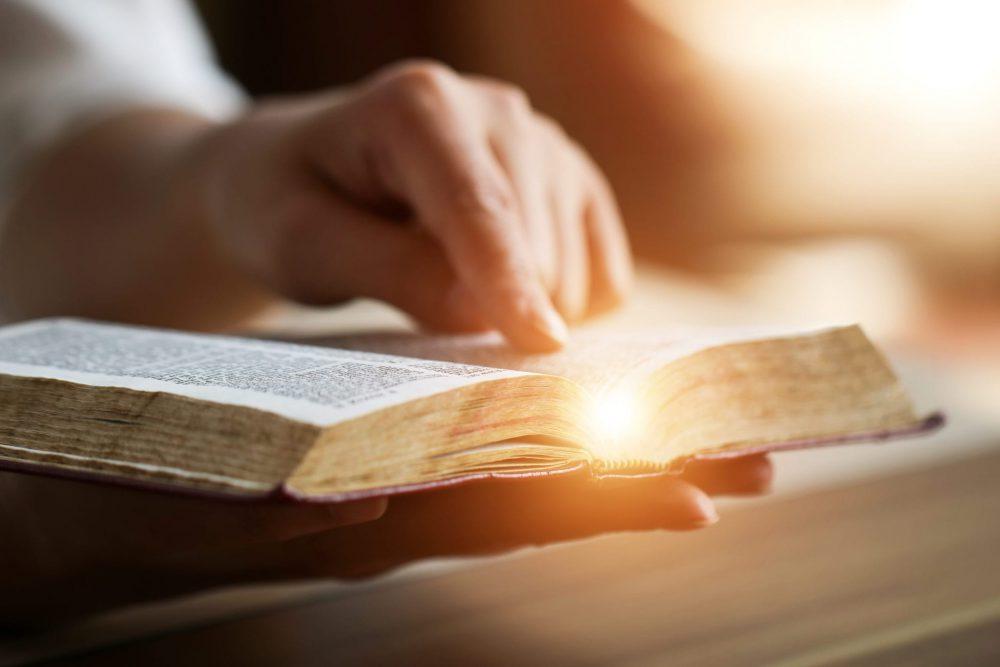 Descubra lo que dice la Biblia en torno a la oración de guerra.