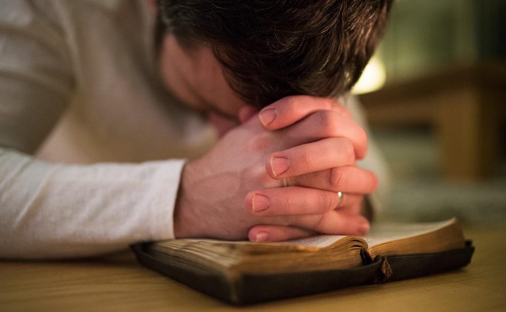 La oración es clave para los milagros