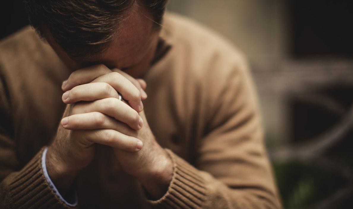 Nuestra tarea en adelante es orar...
