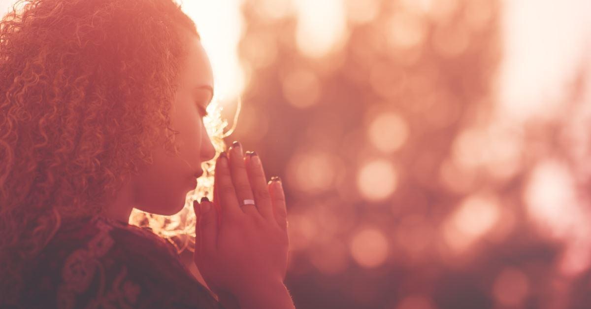 Le damos la bienvenida al Curso Fundamentos de la Oración