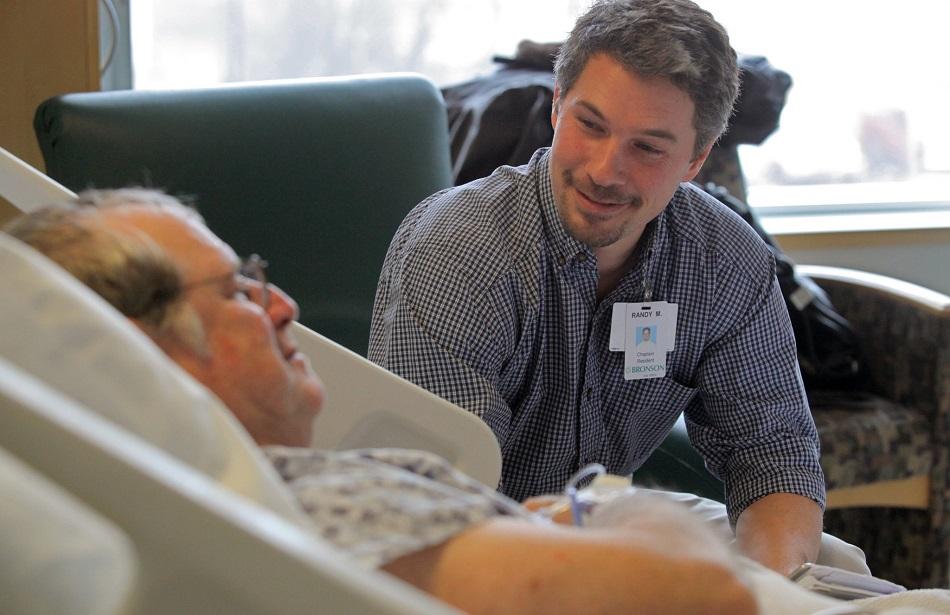 Ministrando al paciente hospitalario